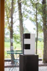 Herbert Meusburger: Würfel (Granit/Marmor, 2020) (© Petra Rainer)