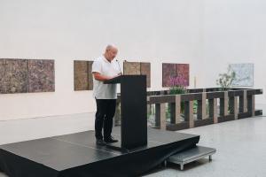 Museumsdirektor Andreas Rudigier bei der Eröffnung (Foto: Florian Raidt)