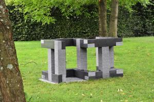 Herbert Meusburger: O.T. (17-teilige Granitskulptur), 2007 (Foto: Karlheinz Pichler)