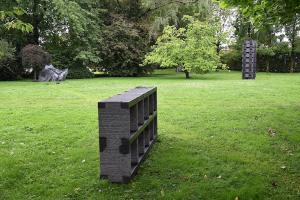 Blick in den Herbert-Meusburger-Skulpturenpark (© Karlheinz Pichler)